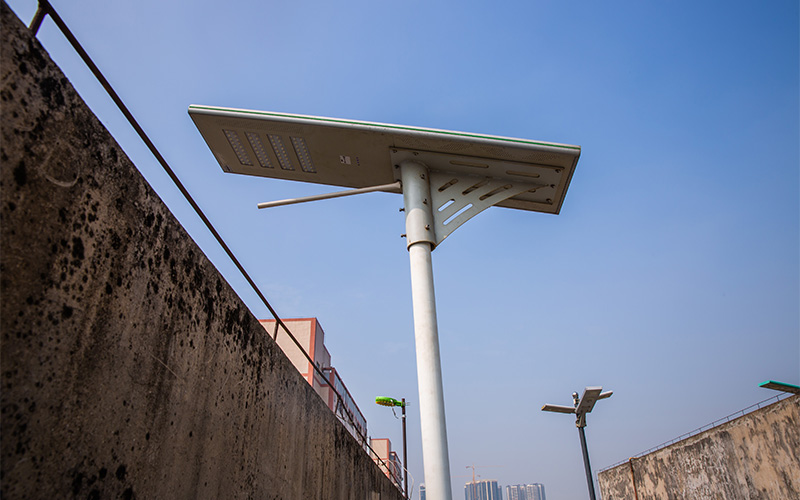 How To Choose Batteries For Your Solar Street Lamp Project Luxman