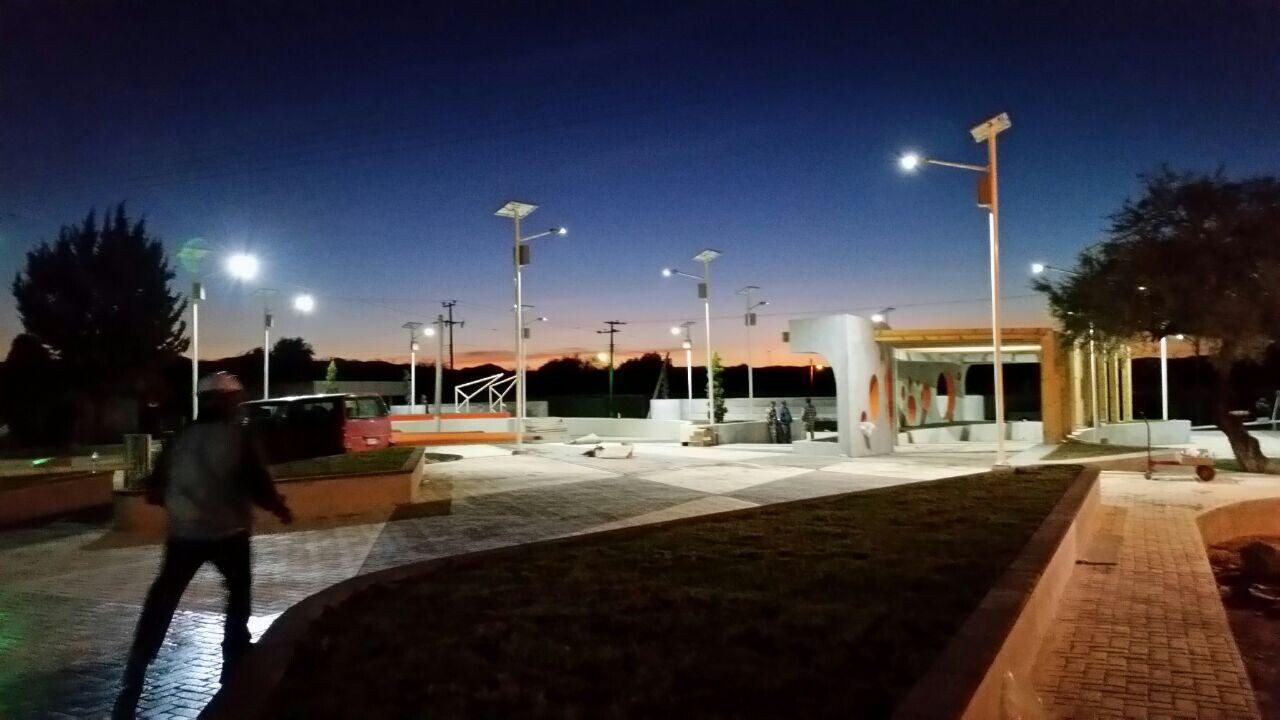 Image of: Solar Garden Lights Luxman Solar Light Manufacturer