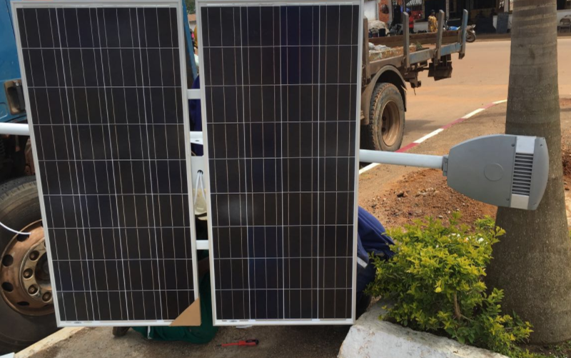 solar street lamp installation